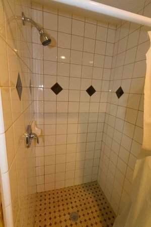 Diamond Lake Resort: Shower