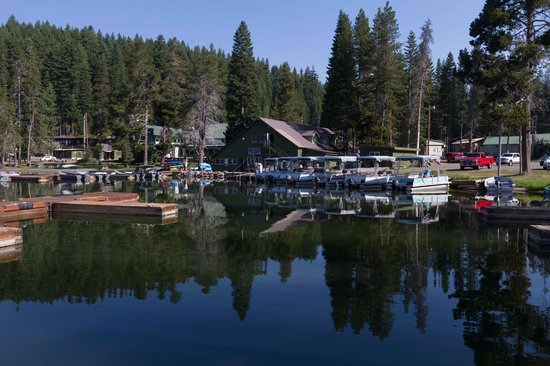 Diamond Lake Resort: Marina