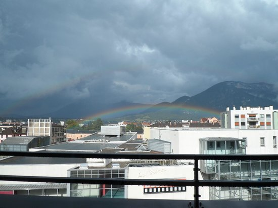 Adagio Annecy Centre : The view from our 7th floor apartment (with rainbow!)