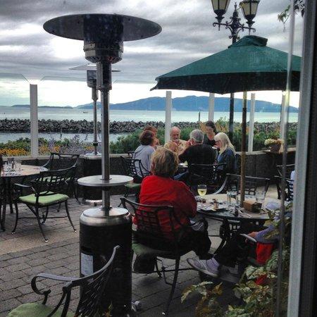 Hotel Bellwether: Hotel patio