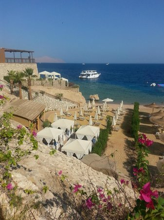 The Royal Savoy Sharm El Sheikh: (Small) private beach for Royal Savoy