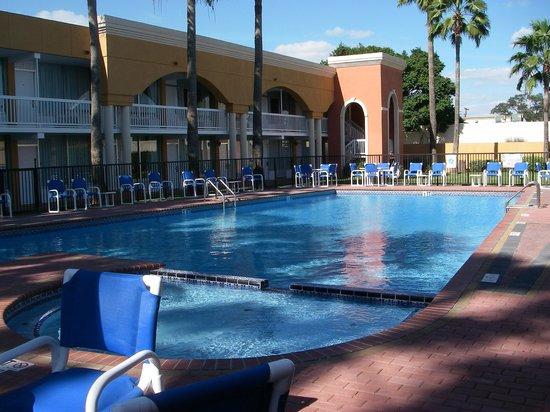 La Copa Hotel: swimming pool in the center of the hotel