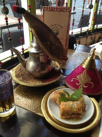 Tagine Zhor: Moroccan mint tea & baklava desserts