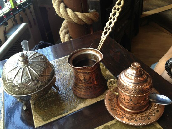 Tagine Zhor: Arabic coffee