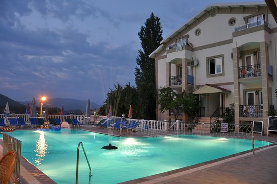 Hotel Dedem and Apartments