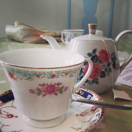 Henrys - The Shabby Chic Cafe: Adorable cups and saucers for a delicious fruit tea!