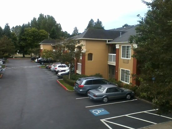 Extended Stay America - Portland - Beaverton: Very attractive complex