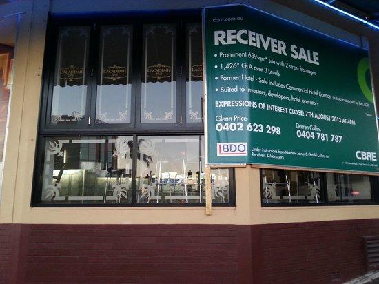 Bonapartes Serviced Apartments : No restaurant - its in receivership