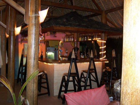 Mirage Sunset Bar : The Bar at night