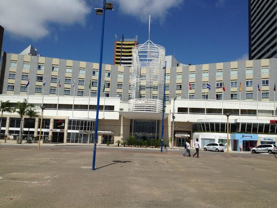 Hotel Oásis Atlântico Imperial: Vista frontal