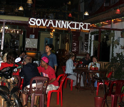 Sovannkiri: Great Cambodian and Western food. Free Wifi.