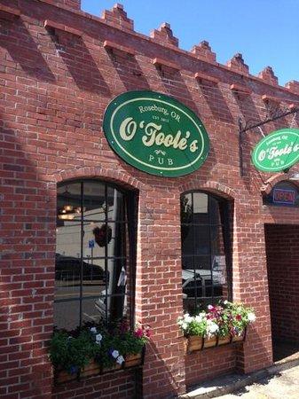 O'Toole's Pub : Jackson St. store front.