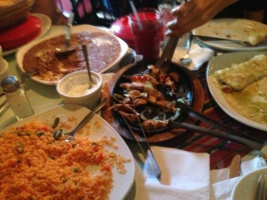 Maya Cafe: everything was delicious