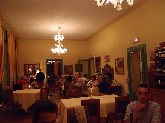 Ristorante Sostaga: Inside Dining room