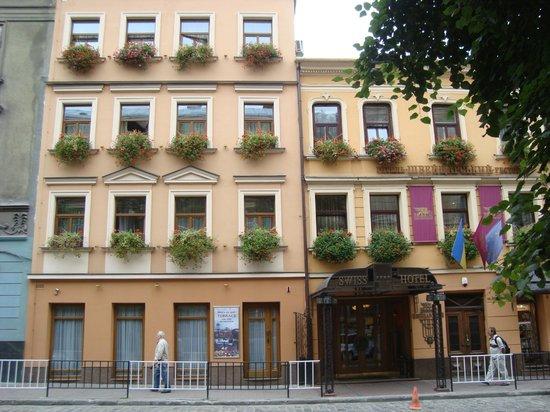 Swiss Hotel: Вид отеля