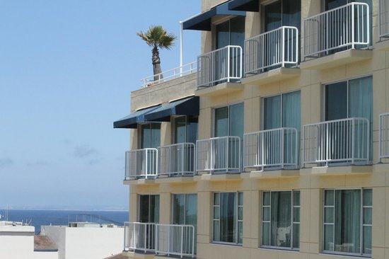 Monterey Marriott: view of rooms with balcony