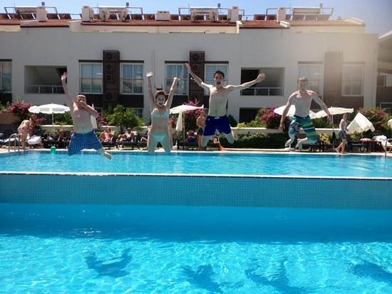 Diana Residence: Splash!