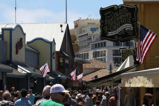 Monterey Marriott: View of Marriott from Fisherman's Wharf