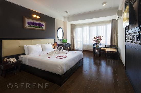Hue Serene Palace Hotel: Room