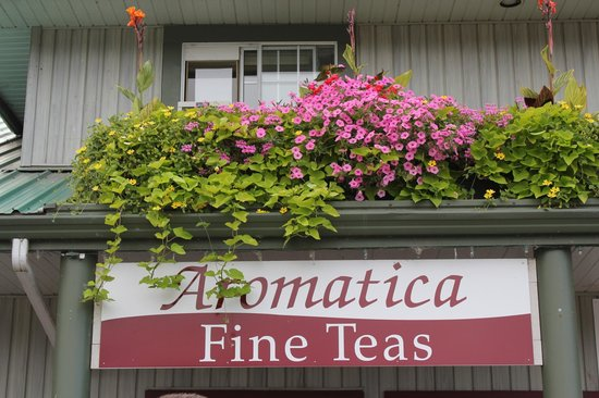 Aromatica Fine Teas: Located as part of the building that houses Minter Garden Centre.