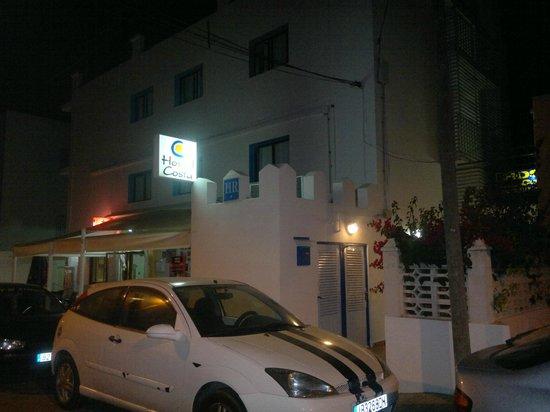 Hostal Costa, Ibiza: Entrada del Hostel