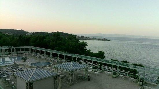 Hotel Dalmacija : Вид из номера со второго этажа