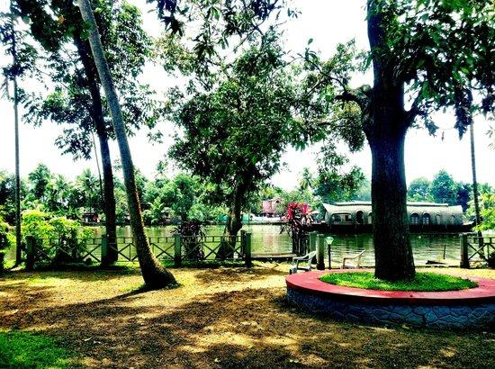 The Pamba Heritage Villa: Pamba Gardens