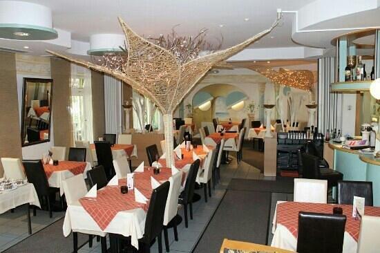 Sportgaststätte im Abseits bei Themis: Restaurant