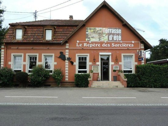 Restaurant Le Repere des Sorcieres : le restaurant!