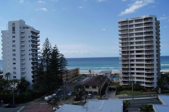 Warringa Surf Apartments: Great sea view - 7th Floor looking East