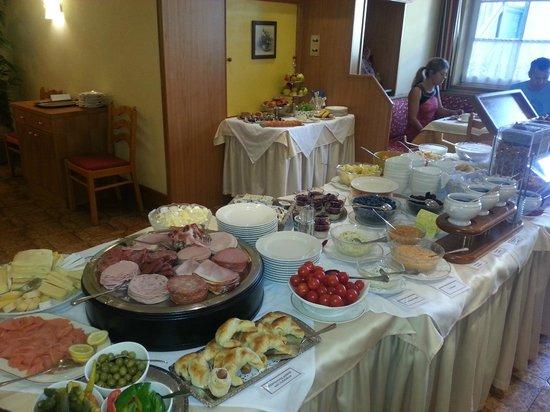 Hotel Leitnerbräu: Ausgezeichnetes Frühstücksbuffet