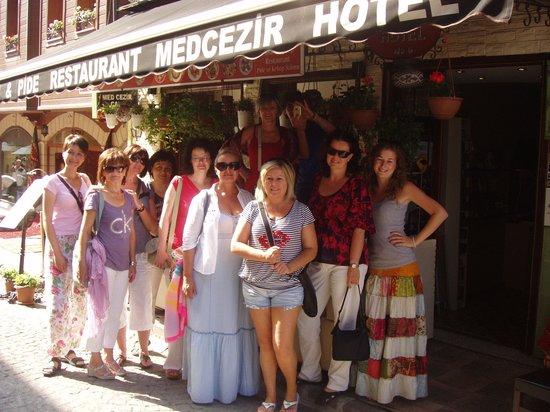 Med Cezir Hotel: Girls from Nitra
