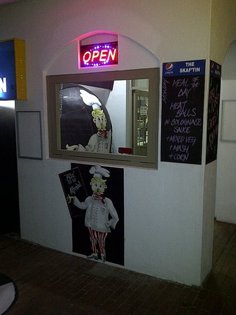 The Skaf'Tin Pizzeria & Take-Away: New sign and artwork