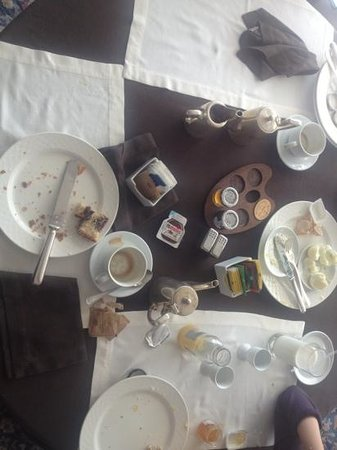 Grand Hotel Parker's : we did come damage to the breakfast :)