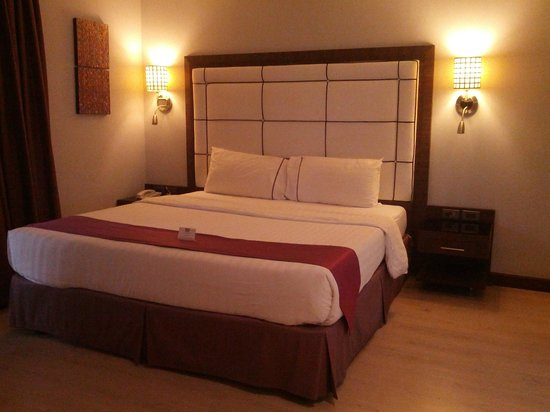 S Sukhumvit Suites : Very big and comfortable bed