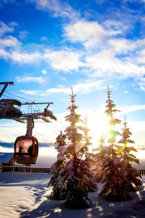 Big White Ski Resort: The Gondola looking gorgeous in the morning