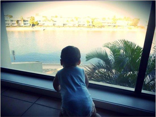 คัลโกพอยต์ บีช รีสอร์ท: view to the river