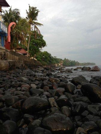 Matahari Tulamben Resort, Dive & SPA: Vistas desde el comedor