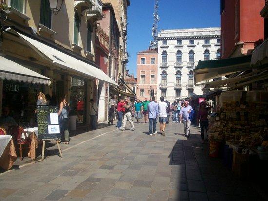 Hotel Guerrini: strada hotel
