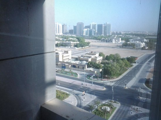 Premier Inn Abu Dhabi Capital Centre Hotel : great view,not a good photographer :(