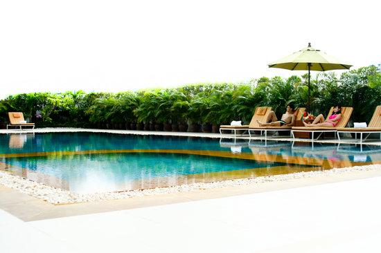 Bangkok Hotel Lotus Sukhumvit: Swimming Pool