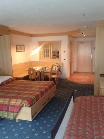 Hotel Antares: Soggiorno e A/K
