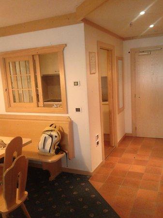 Hotel Antares : A/K