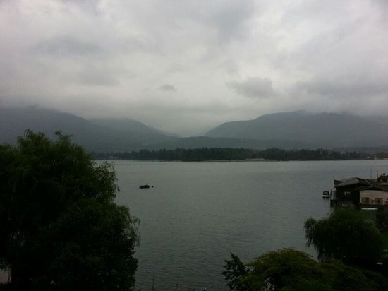 Hotel Cortisen am See: Lake view