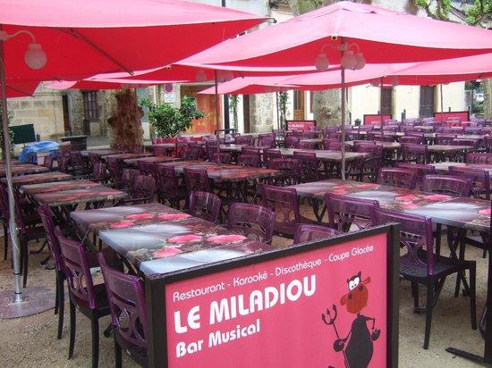 Le Miladiou: nouvelle terrasse