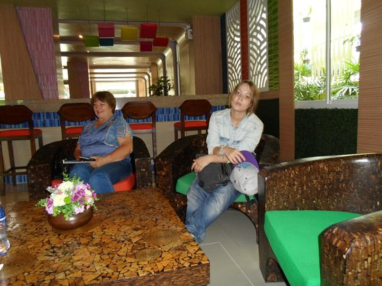 Sabai Wing: фоей отеля