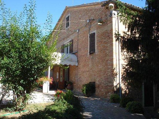 Ristorante Camere Villa dei Tigli: Ingresso ristorante