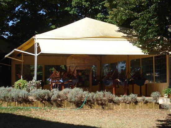Ristorante Camere Villa dei Tigli: Gazebo - giorno di chusura