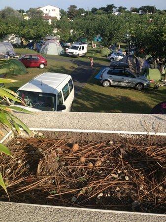 Villa Mayarko Lafitenia Resort: L'autre vue de la terrasse (camping)