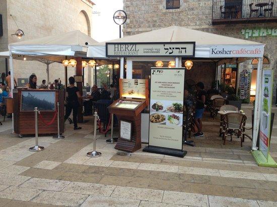 Herzl: street view